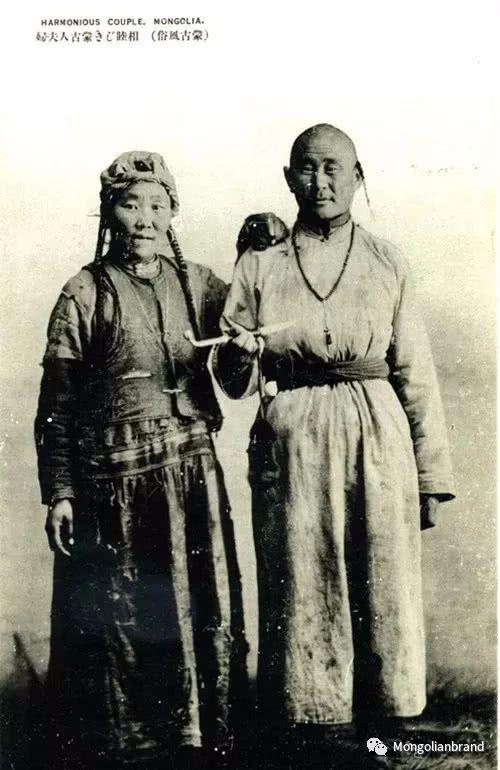 老照片:见证百年前蒙古女性(组图) 第32张