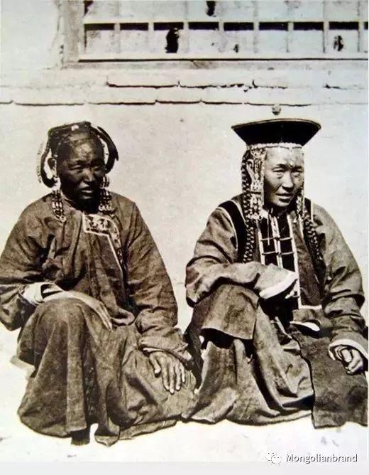 老照片:见证百年前蒙古女性(组图) 第37张