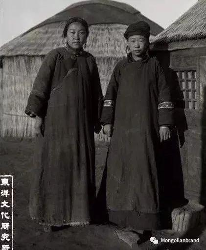 老照片:见证百年前蒙古女性(组图) 第48张