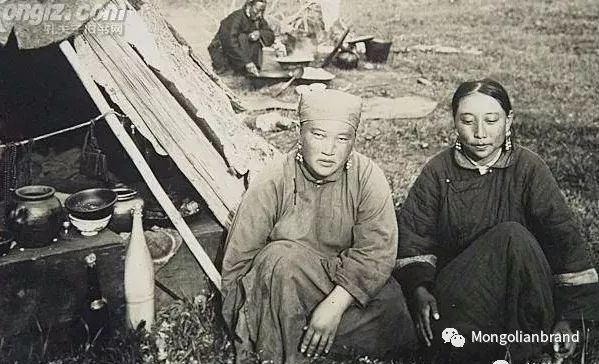 老照片:见证百年前蒙古女性(组图) 第49张