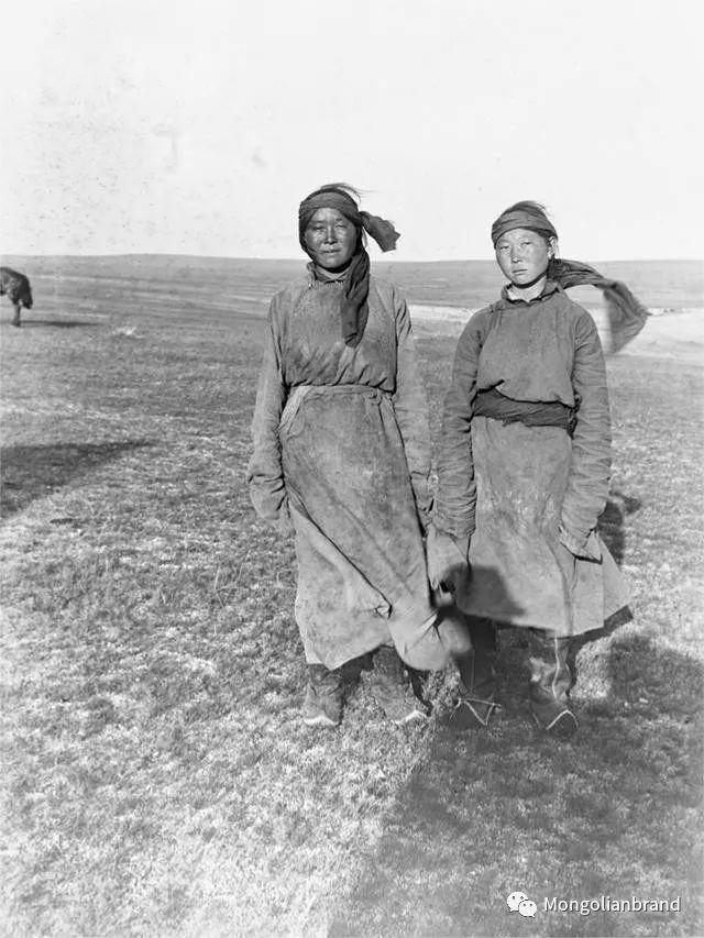 老照片:见证百年前蒙古女性(组图) 第52张