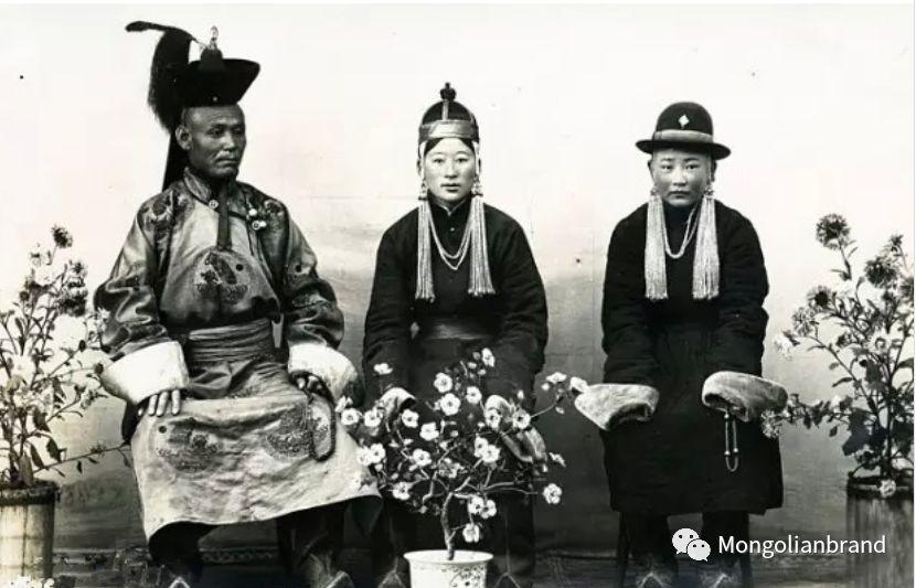 老照片:见证百年前蒙古女性(组图) 第50张