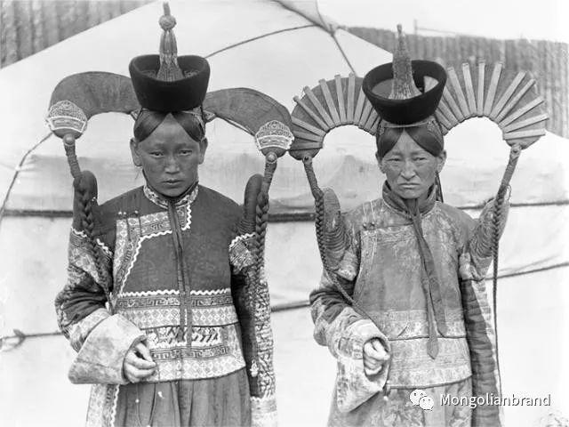 老照片:见证百年前蒙古女性(组图) 第54张