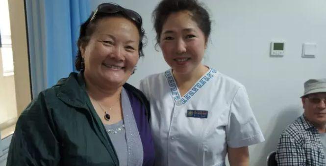 引领蒙医药事业迈向国际的蒙古女人 第5张 引领蒙医药事业迈向国际的蒙古女人 蒙古文化