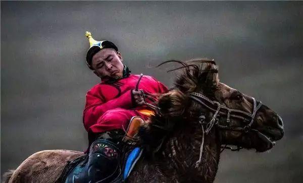 摄影师钢特木尔作品:镜头记录草原文化 第11张 摄影师钢特木尔作品:镜头记录草原文化 蒙古文化