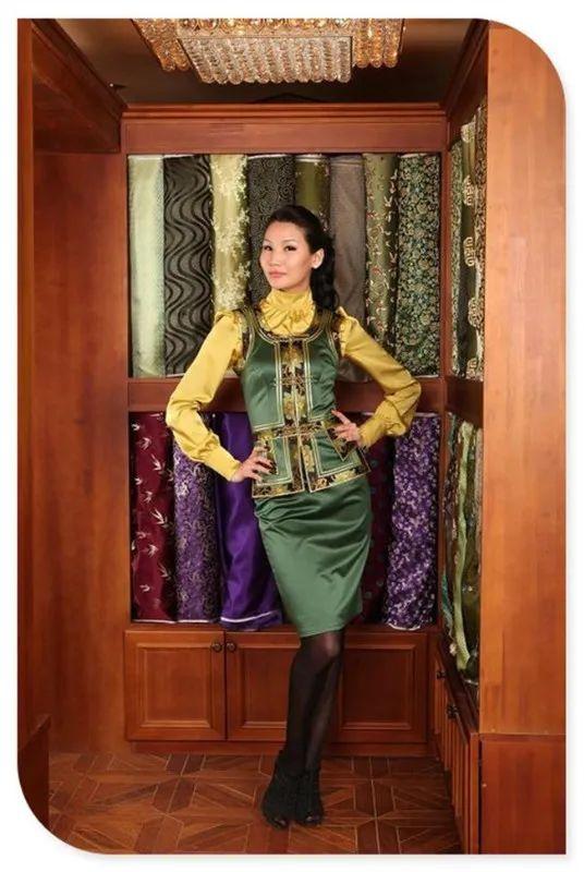 美丽的蒙古袍 第4张