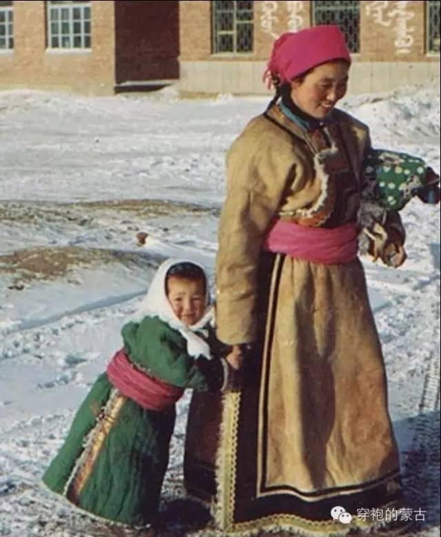 乌珠穆沁旗羊皮蒙古袍的来历! 第8张