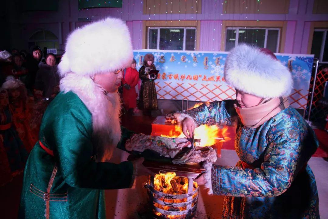 巴尔虎蒙古族祭火习俗(Mongol) 第25张 巴尔虎蒙古族祭火习俗(Mongol) 蒙古文化
