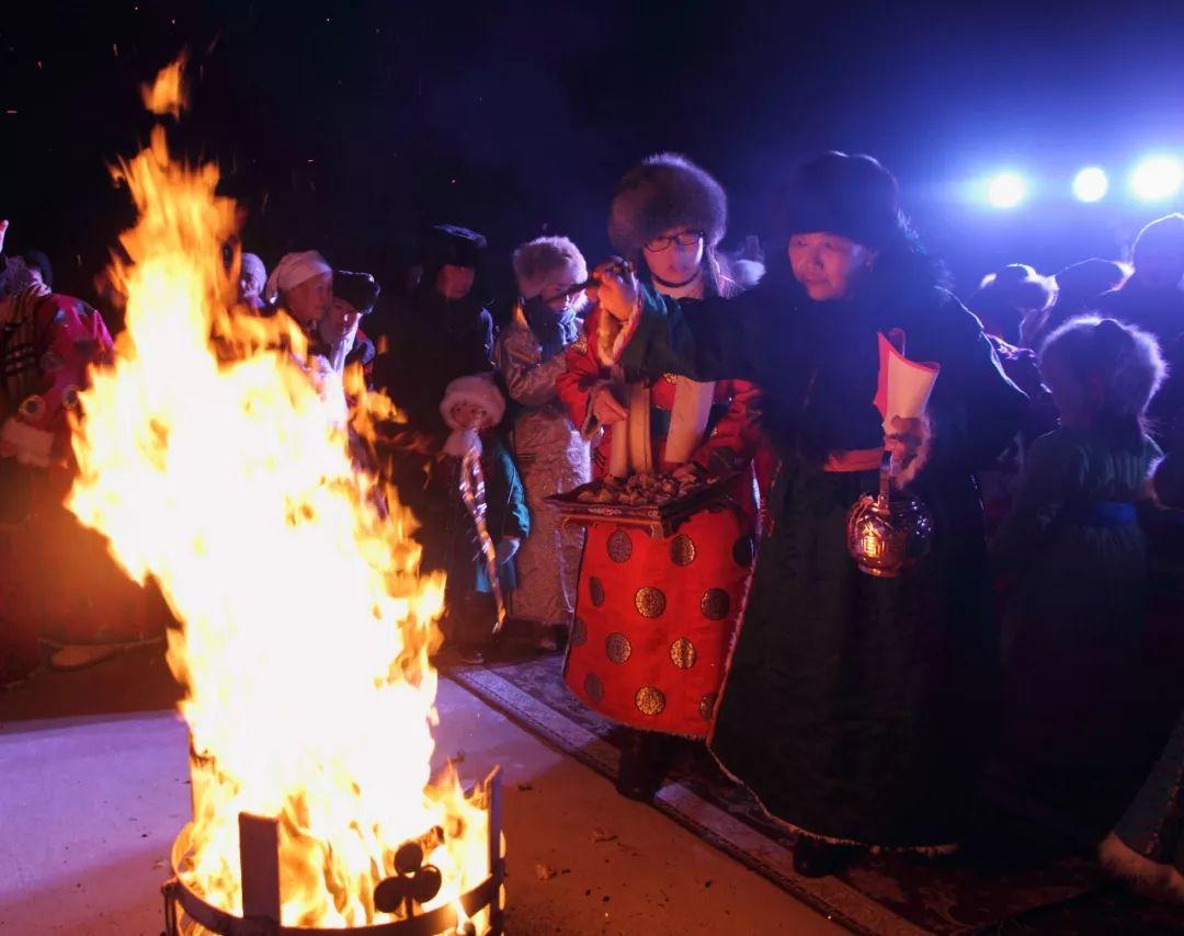 巴尔虎蒙古族祭火习俗(Mongol) 第28张 巴尔虎蒙古族祭火习俗(Mongol) 蒙古文化