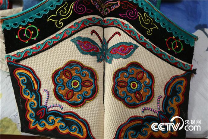 【传统文化】巴尔虎靴子(蒙古文) 第11张 【传统文化】巴尔虎靴子(蒙古文) 蒙古文化