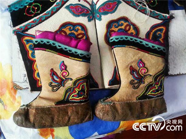 【传统文化】巴尔虎靴子(蒙古文) 第14张 【传统文化】巴尔虎靴子(蒙古文) 蒙古文化
