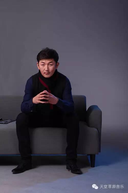 布里亚特蒙古族青年演员巴特孟和(附电影欣赏) 第1张