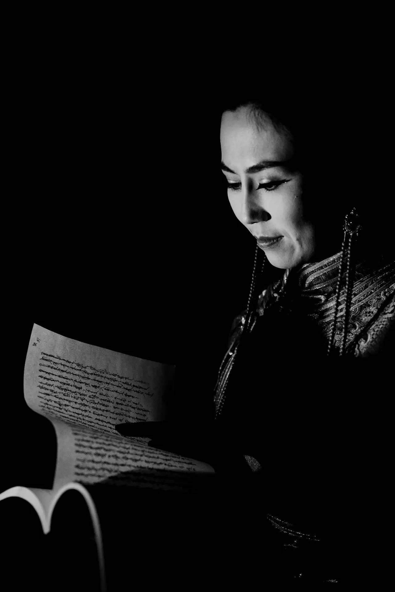 【ANU美图】摄影师吉雅:传统蒙古族牧民黑白纪实作品欣赏 第11张