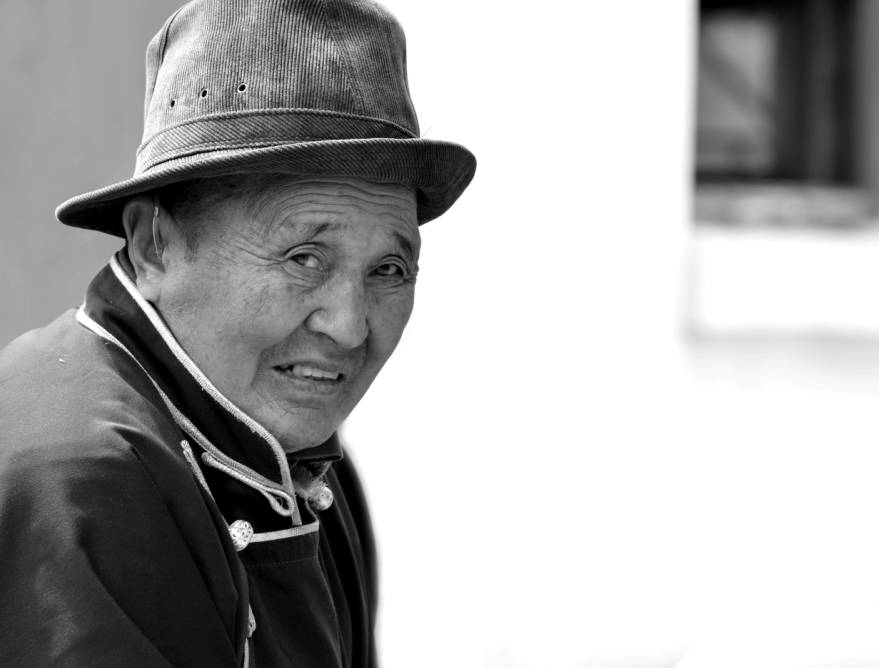 【ANU美图】摄影师吉雅:传统蒙古族牧民黑白纪实作品欣赏 第17张