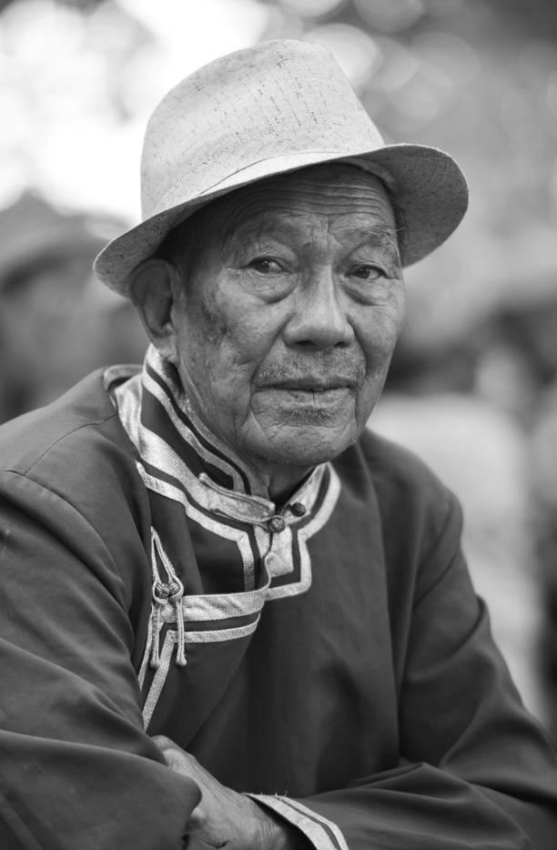 【ANU美图】摄影师吉雅:传统蒙古族牧民黑白纪实作品欣赏 第20张