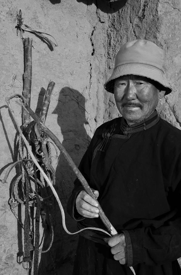 【ANU美图】摄影师吉雅:传统蒙古族牧民黑白纪实作品欣赏 第22张