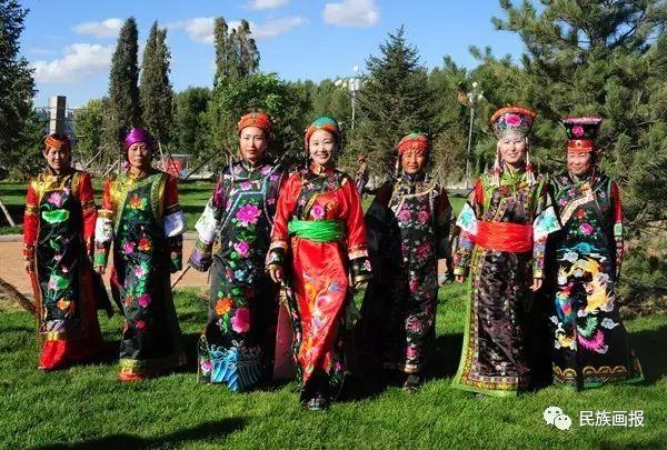 色彩|翁牛特旗蒙古族刺绣 第1张 色彩|翁牛特旗蒙古族刺绣 蒙古工艺