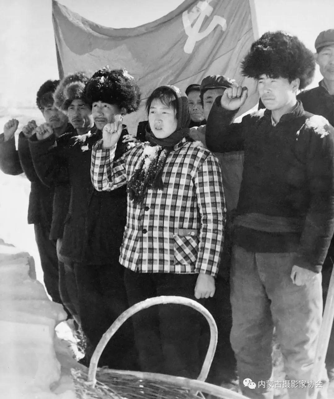 作品赏析丨内蒙古老摄影家岳枫镜头下的精彩瞬间 第10张 作品赏析丨内蒙古老摄影家岳枫镜头下的精彩瞬间 蒙古文化