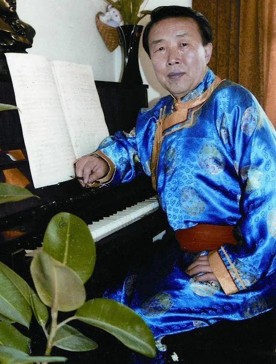 《美丽的草原我的家》背后的美丽故事 第3张 《美丽的草原我的家》背后的美丽故事 蒙古音乐