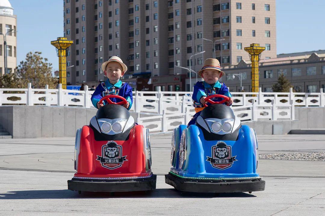 白嘎利:天生相伴—蒙古族双胞胎 第2张 白嘎利:天生相伴—蒙古族双胞胎 蒙古文化