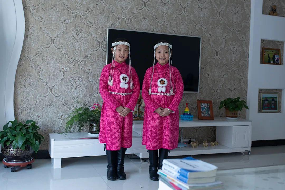 白嘎利:天生相伴—蒙古族双胞胎 第4张 白嘎利:天生相伴—蒙古族双胞胎 蒙古文化