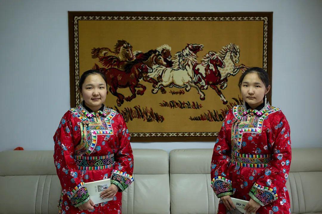 白嘎利:天生相伴—蒙古族双胞胎 第8张 白嘎利:天生相伴—蒙古族双胞胎 蒙古文化