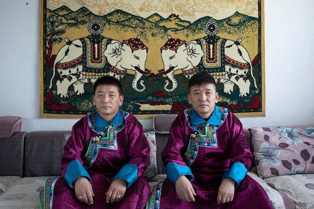 白嘎利:天生相伴—蒙古族双胞胎 第7张 白嘎利:天生相伴—蒙古族双胞胎 蒙古文化