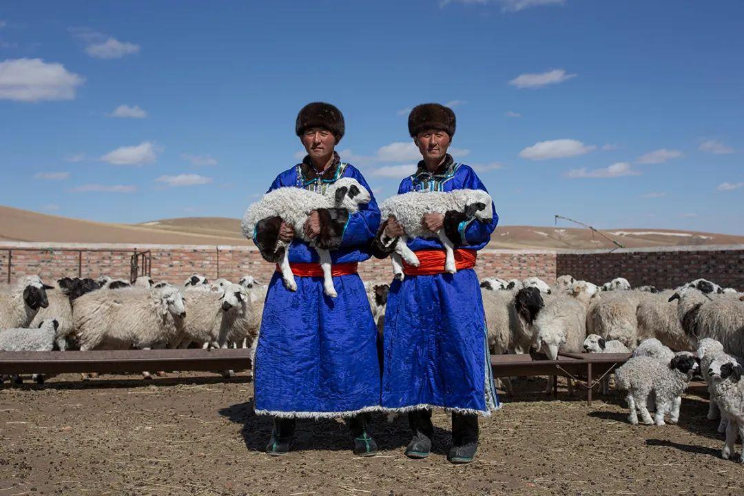 白嘎利:天生相伴—蒙古族双胞胎 第10张 白嘎利:天生相伴—蒙古族双胞胎 蒙古文化