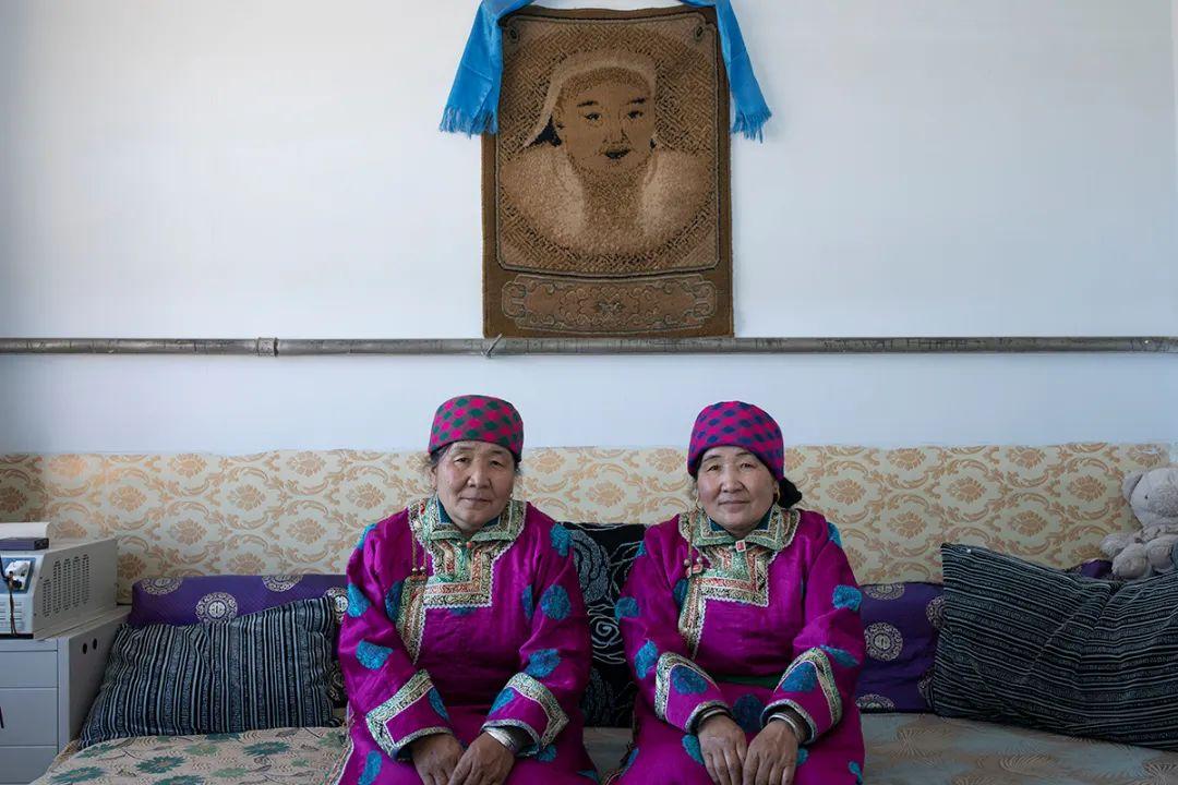 白嘎利:天生相伴—蒙古族双胞胎 第13张 白嘎利:天生相伴—蒙古族双胞胎 蒙古文化