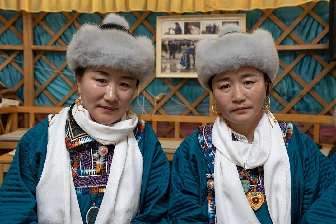 白嘎利:天生相伴—蒙古族双胞胎 第11张 白嘎利:天生相伴—蒙古族双胞胎 蒙古文化