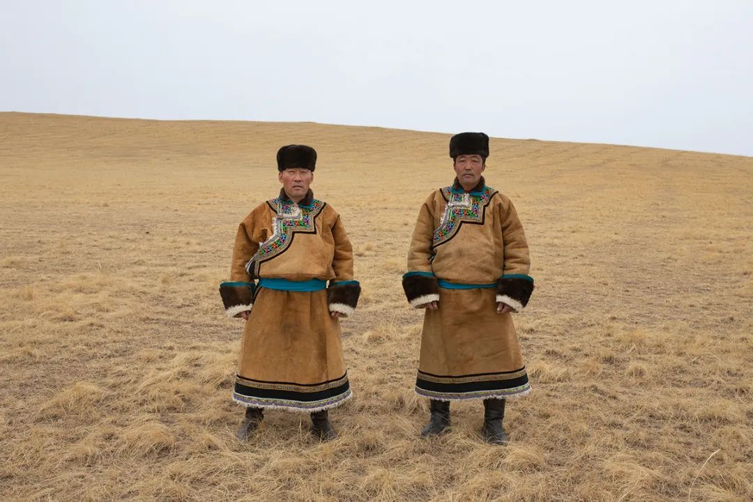 白嘎利:天生相伴—蒙古族双胞胎 第15张 白嘎利:天生相伴—蒙古族双胞胎 蒙古文化