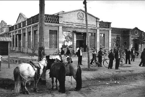 老照片:1965年,法国摄影师拍摄文革前的内蒙古 第1张