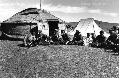 老照片:1965年,法国摄影师拍摄文革前的内蒙古 第5张