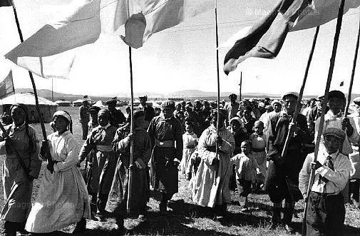 老照片:1965年,法国摄影师拍摄文革前的内蒙古 第14张