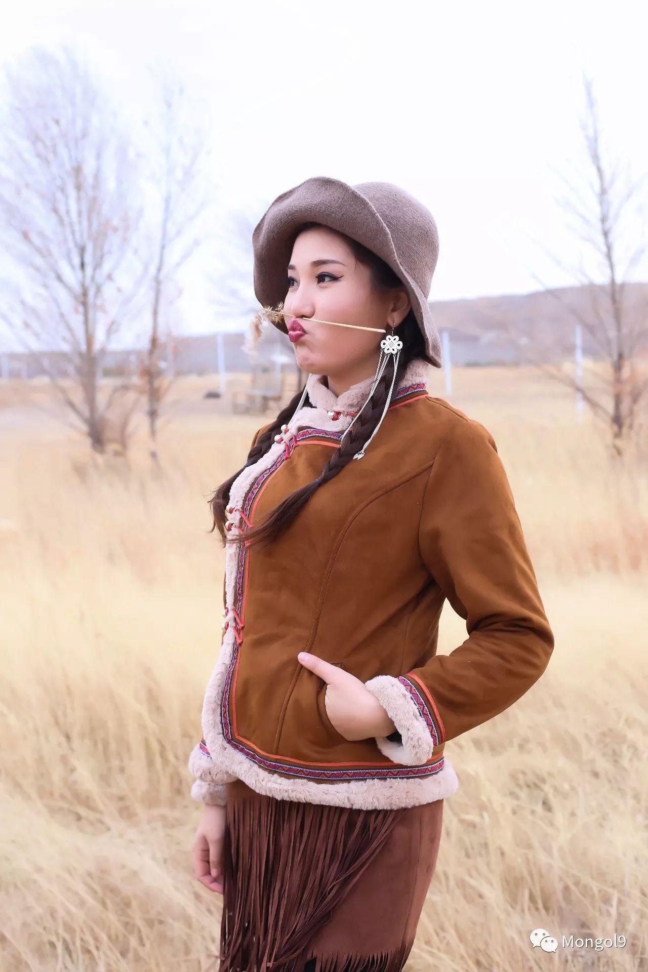 为我的蒙古闺蜜们而设计 第8张 为我的蒙古闺蜜们而设计 蒙古服饰