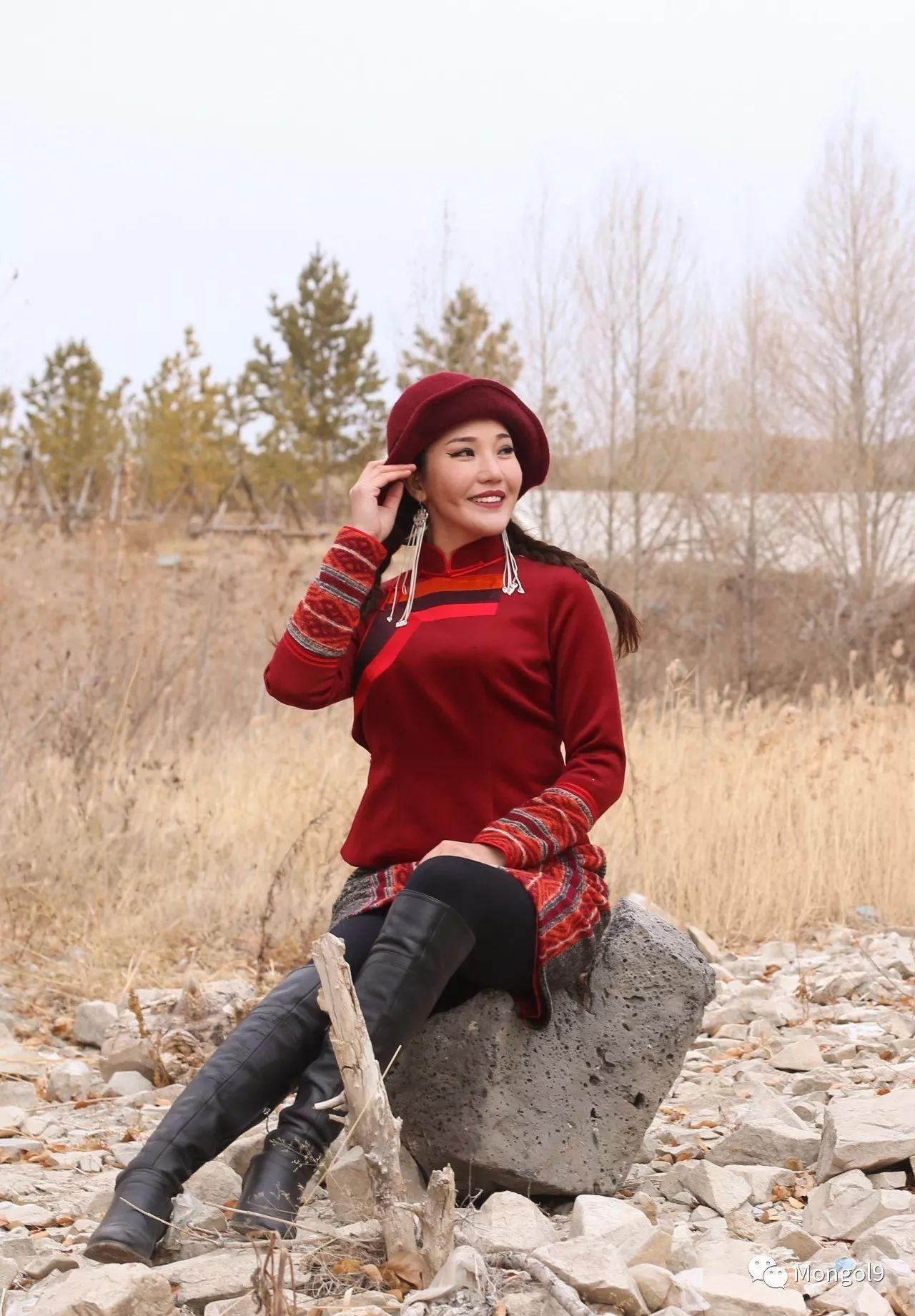 为我的蒙古闺蜜们而设计 第10张 为我的蒙古闺蜜们而设计 蒙古服饰
