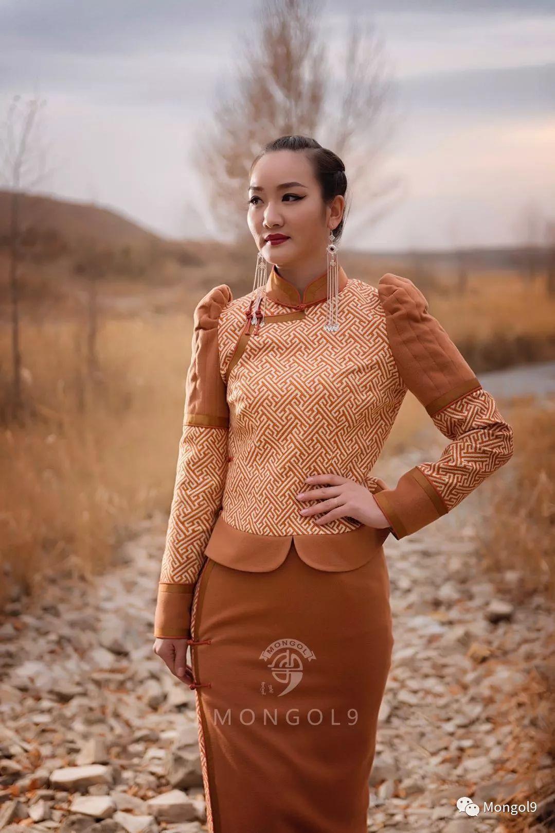 为我的蒙古闺蜜们而设计 第13张 为我的蒙古闺蜜们而设计 蒙古服饰