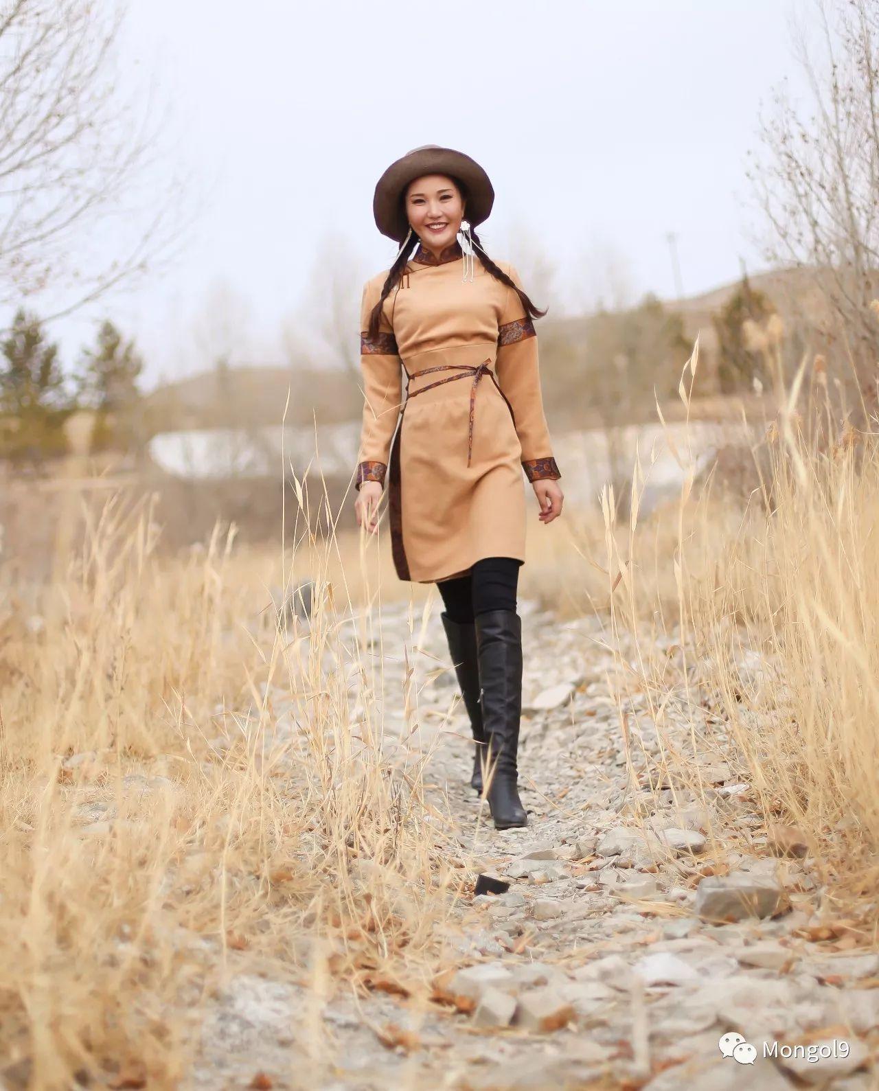 为我的蒙古闺蜜们而设计 第17张 为我的蒙古闺蜜们而设计 蒙古服饰