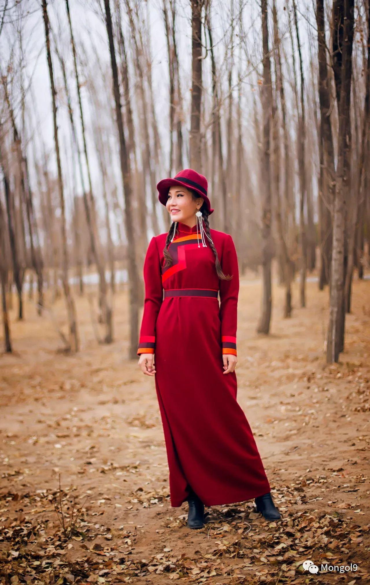为我的蒙古闺蜜们而设计 第18张 为我的蒙古闺蜜们而设计 蒙古服饰