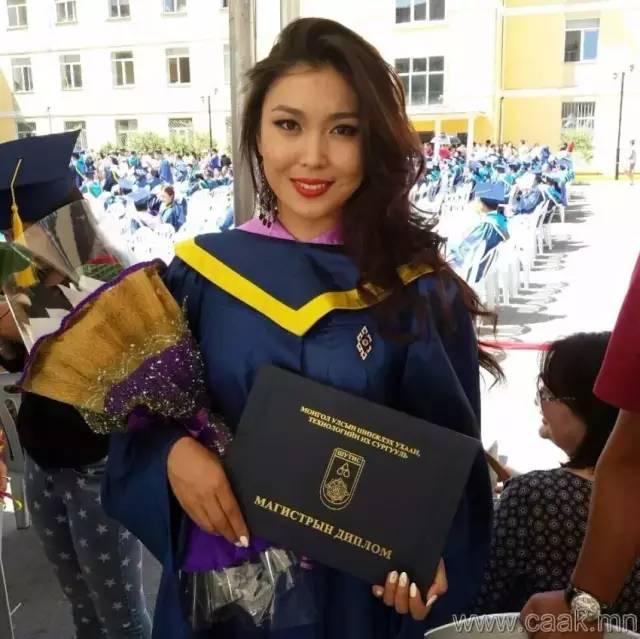 【蒙古美女】穿制服的蒙古美女们 美的没谁了 第16张