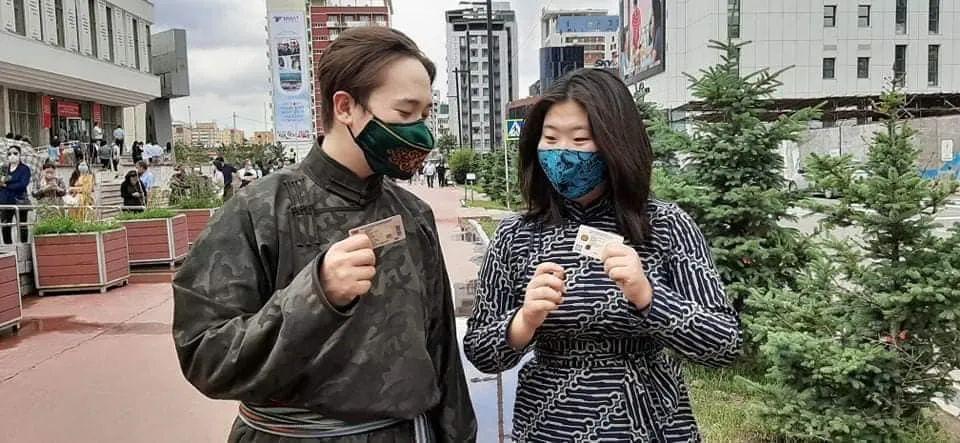 图片:蒙古服装VS新冠病毒 第13张 图片:蒙古服装VS新冠病毒 蒙古服饰