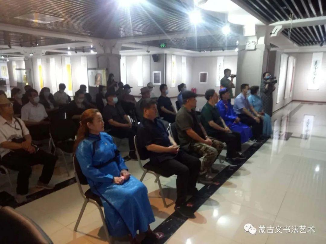 亮丽北疆,纪念建党99周年钢宝力达蒙古文书法展在呼市举行 第6张