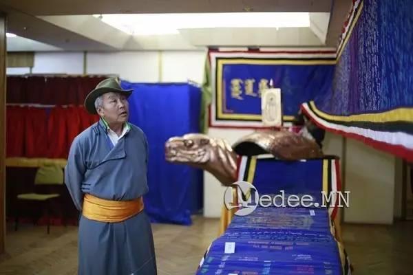 世界上独一无二的刺绣本蒙古秘史,价值连城 第23张