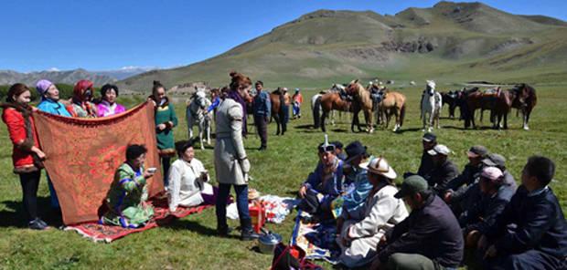 卫拉特蒙古传统婚礼习俗 第2张