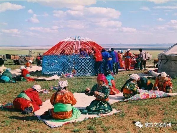 卫拉特蒙古传统婚礼习俗 第4张