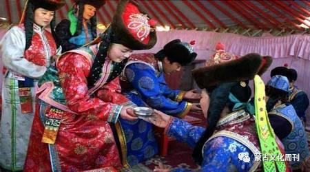 卫拉特蒙古传统婚礼习俗 第6张