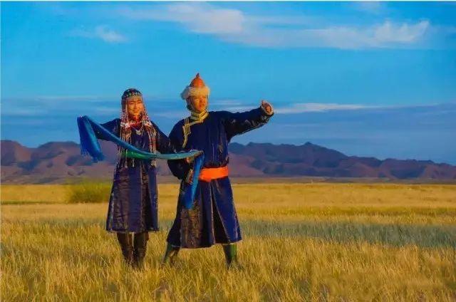 乌拉特蒙古族服饰(民俗) 第3张