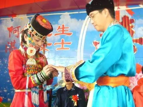 【阿启泰】感受蒙古传统文化,体验察哈尔婚礼之美 第1张 【阿启泰】感受蒙古传统文化,体验察哈尔婚礼之美 蒙古文化