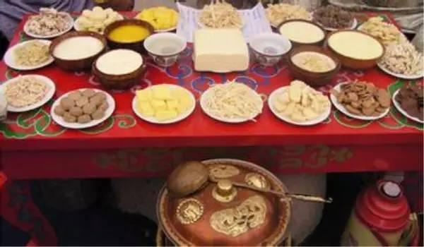 【阿启泰】感受蒙古传统文化,体验察哈尔婚礼之美 第4张 【阿启泰】感受蒙古传统文化,体验察哈尔婚礼之美 蒙古文化