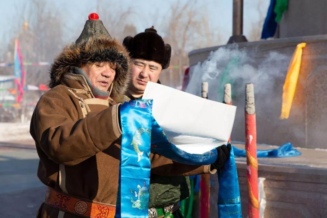 郭尔罗斯蒙古人的新年第一天 第5张 郭尔罗斯蒙古人的新年第一天 蒙古文化